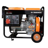 Дизельный электрогенератор Daewoo DDAE 6100XE-3 (Трехфазный)